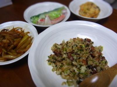 簡単にできる。小松菜チャーハン。