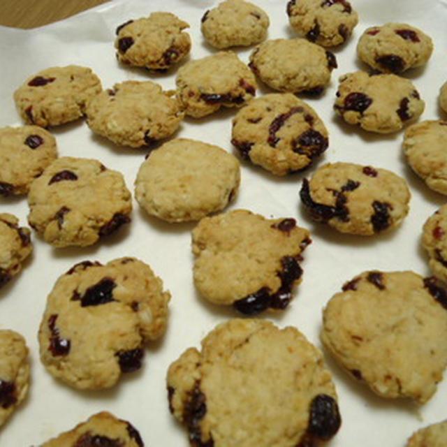 ドライフルーツとオートミールのクッキー