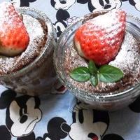 バレンタインの料理レシピ 3分で・カップチョコレートミントケーキ