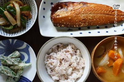 さばみりん、おくらのごまマヨポン酢、ピーマンとエリンギの炒め物、南瓜のお味噌汁