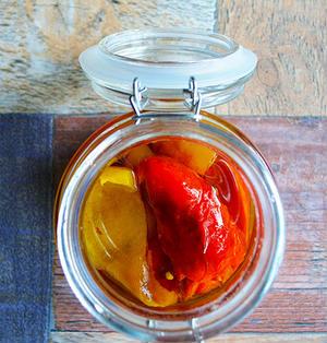 パプリカのエスカリバーダのオイル漬け スペインバル 常備菜 作り置き