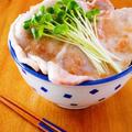 さっぱり梅だれ豚丼♪レンジ2分で簡単どんぶりレシピ by みぃさん