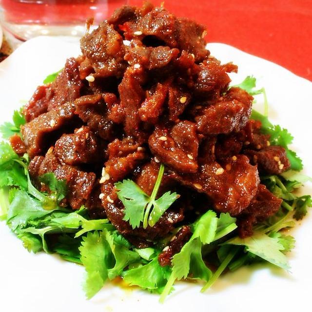 麻辣牛肉│炒め牛肉のラー油かけ