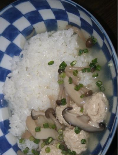 6月11日  鶏つくねと茸の あんかけスープかけごはん