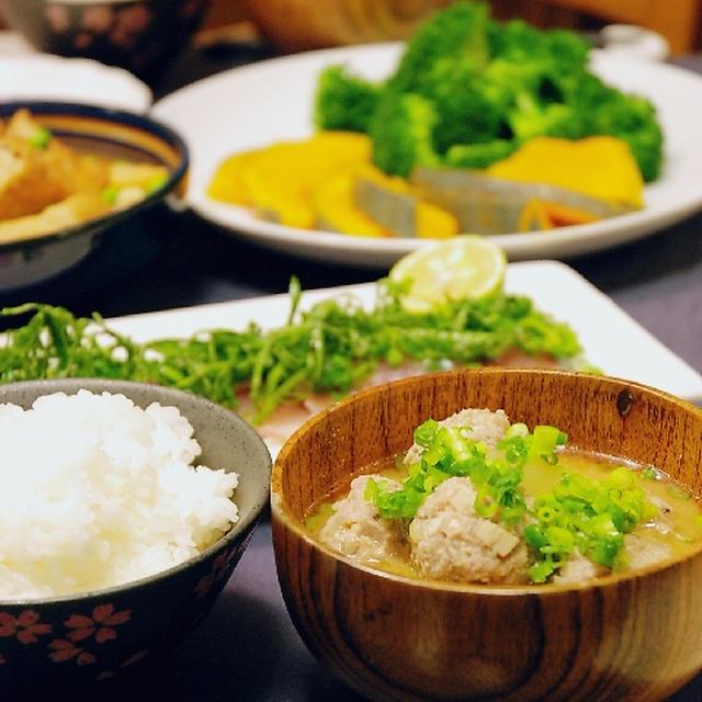 アジのお刺身と大根と肉団子の味噌汁