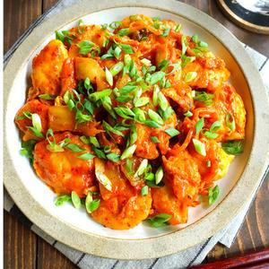 おかわり必須!「鶏むね肉×キムチ」の最強おかずレシピ集