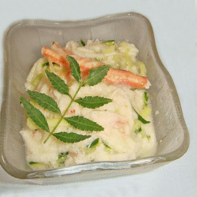 3. 長芋とカニきゅうの酢の物