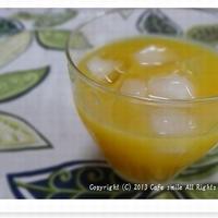 *オレンジ&レモンとバニラのフルーブランデーのオレンジジュース割り*