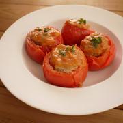 トマトの肉詰め with味噌トマトソース