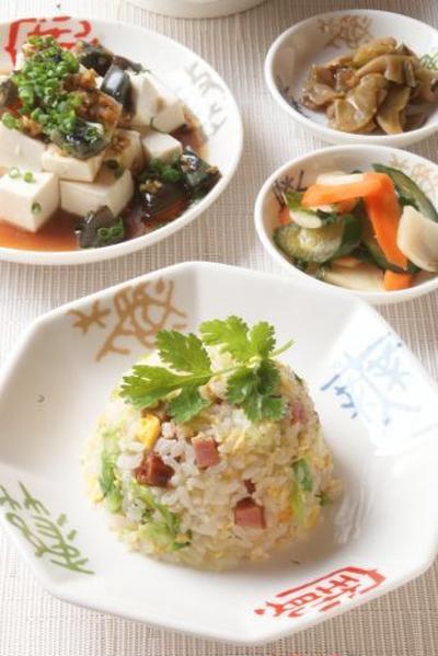「焼き豚とレタスの花椒塩チャーハン」と中華ディナー