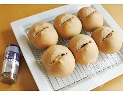 * GABANキャラウェイ「チーズ&キャラウェイの玄米パン」 *