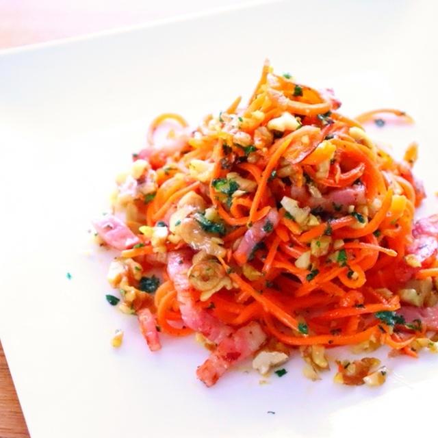 【ダイエットレシピ】ベジパスタ・ベジヌードル ニンジンのペペロンチーノの作り方