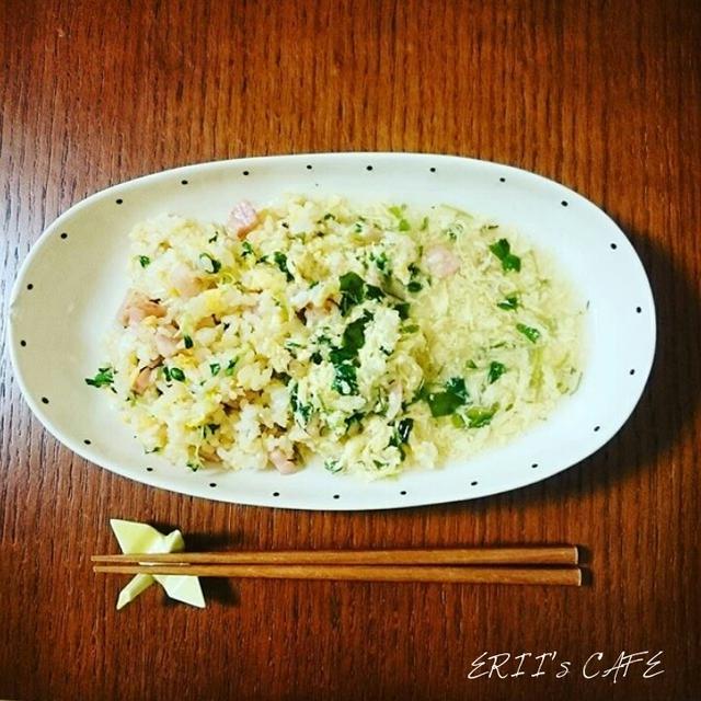 【うちごはん】フリーズドライの卵スープで簡単あんかけ♪ベーコン炒飯の卵スープあんかけ