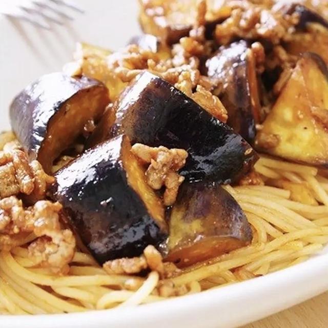 ナスとひき肉のボロネーゼパスタ