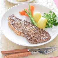 サーロインステーキのランチ♪【スパイス大使】GABAN『まぶして焼くだけステーキ』
