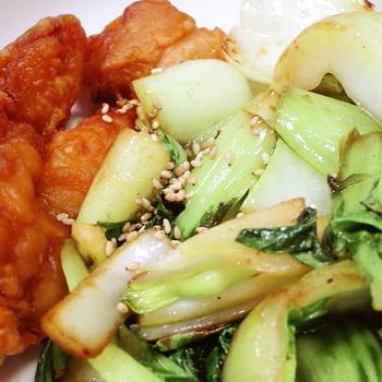 唐揚げに、青菜の油炒め!