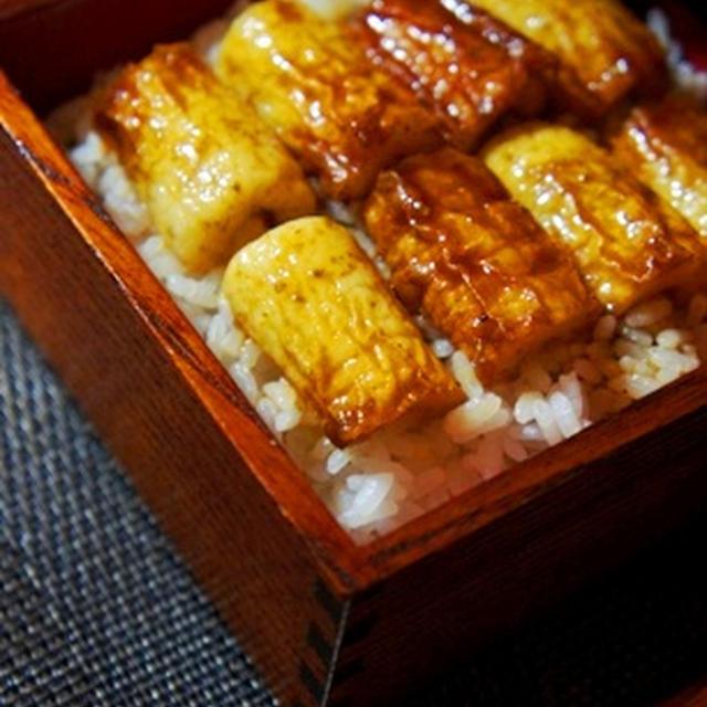 蒲焼重、う巻き、うざく、そして肝吸い、原価100円の鰻(?)御膳……