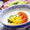 【世界の朝ごはん】クミン香る♪トマトとたまご炒め乗っけ中華粥。