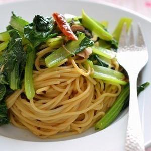 簡単ランチに!「小松菜」のパスタ料理