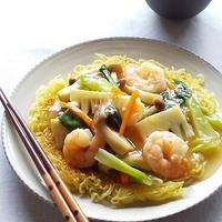 海老とたっぷり野菜のあんかけ焼そば