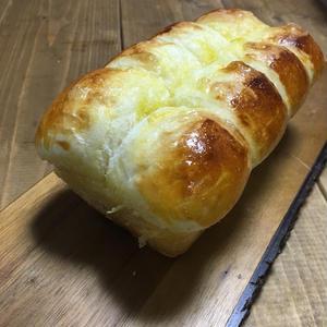 じゅわっと広がるバターの香り!手作り「バタートップパン」レシピ