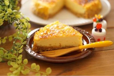 生クリーム、クリームチーズ、バター不使用!ヨーグルトでヘルシーベイクドチーズケーキ風!