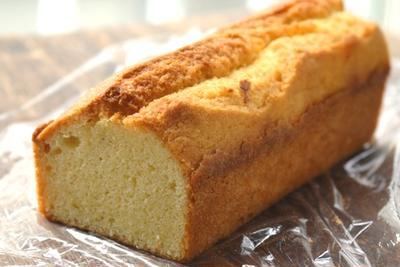 米粉のパウンドケーキ。プレーン&オレンジ&抹茶&紅茶