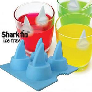 飲む人をアッといわせる♪おもしろ氷を作れるアイストレーまとめ