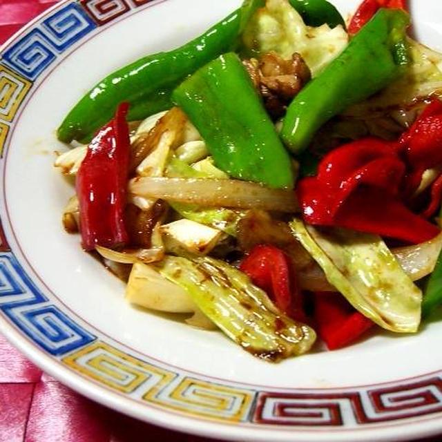 万願寺唐辛子と赤ピーマンの回鍋肉(ホイコーロー)