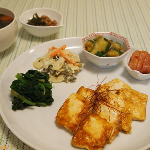ピリリと美味しい! 豆腐の山椒ステーキ。
