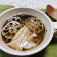 レンコンともずくのアゴ出汁生姜スープ