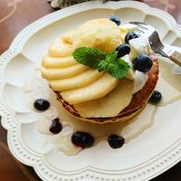 レモン香る☆桃モッツァレラパンケーキ