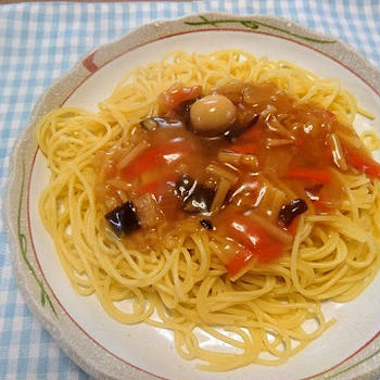 中華丼パスタ(金のどんぶり)