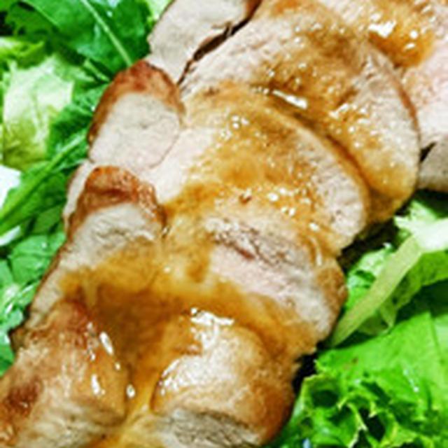 定番、甘辛醤油の焼豚