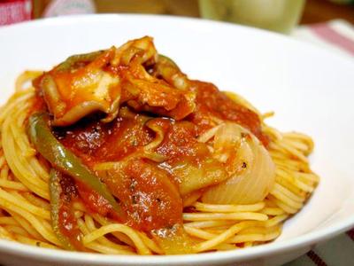 今日の晩ご飯/カニの旨味たっぷり!「カニと舞茸のトマトソースパスタ」
