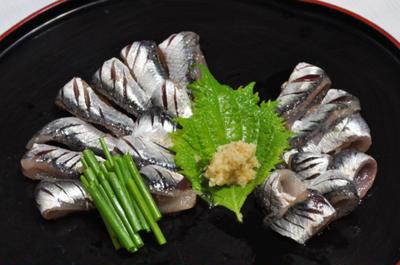 カタクチイワシ ☆ 七回洗って鯛の味!?