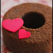 バレンタインに♪ホットケーキミックスで簡単!チョコシフォンケーキとラッピング