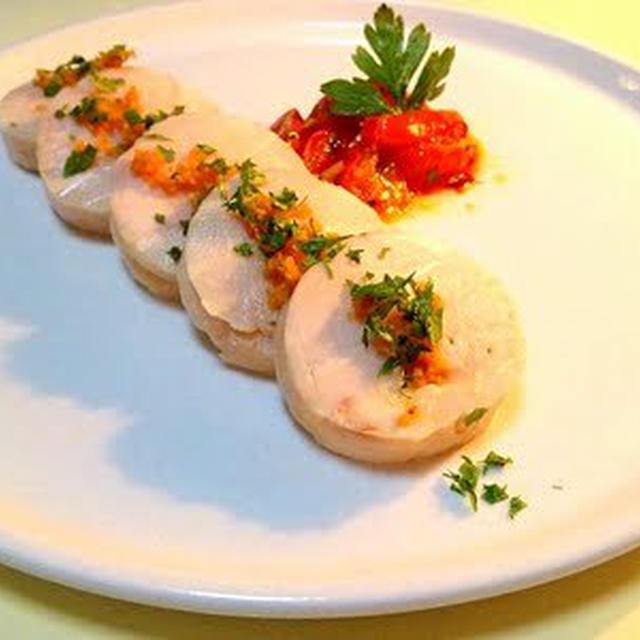 鶏胸肉のルーロー トマトのアーリオ・オーリオ