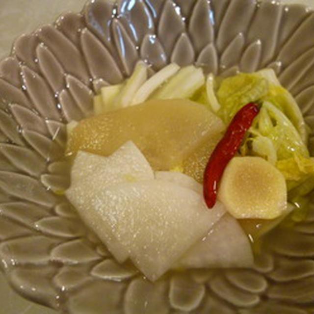 砂糖を使わない♪秋の果物でほんのり甘い水キムチ