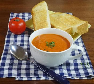 リコピンで風邪やインフルエンザ予防対策!トーストによく合う トマトクリームポタージュ