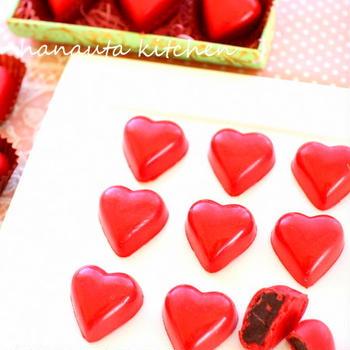 バレンタイン直前!真っ赤なチョコレートボンボン他