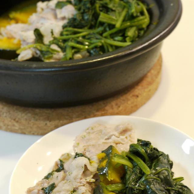 初心者向けタジン鍋料理  豚バラの野菜蒸し
