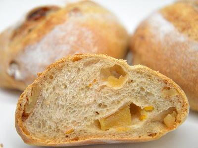 りんごと生姜のパン