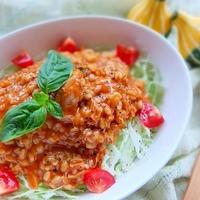 タイカレーともち麦のサラダご飯♪