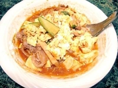 豆腐と卵と豚肉のチリトマト炒め