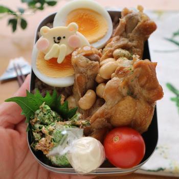 きっと370キロカロリー弁当☆手羽元と大豆の煮物