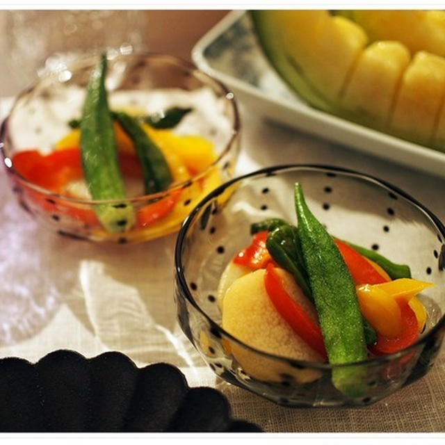 夏野菜で作りおきしながらの夜ごはん。