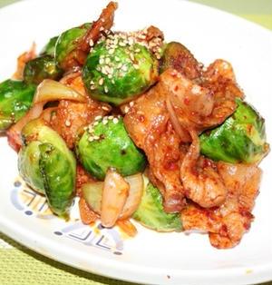 芽キャベツと豚の辛口炒めレシピ