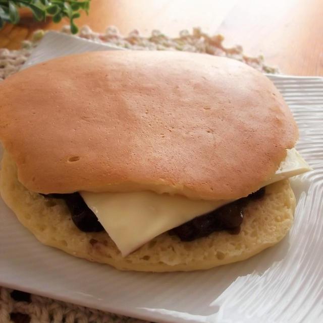 もちもちホットケーキサンド あんこチーズ