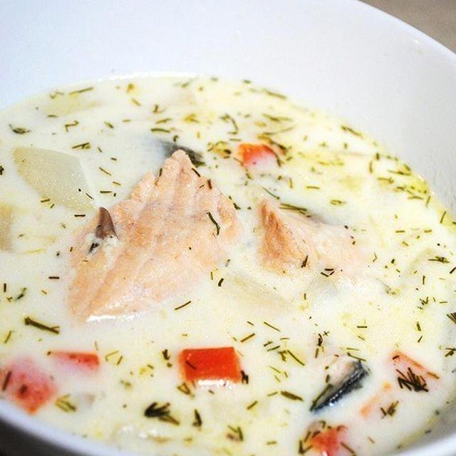 心も体も温まる♪爽やかで優しい味わいがクセになる♪とっても簡単!フィンランド風サーモンスープ